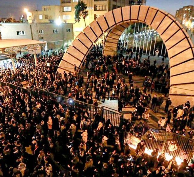 IRAN,_UN_ALTRO_GIORNO_DI_PROTESTE