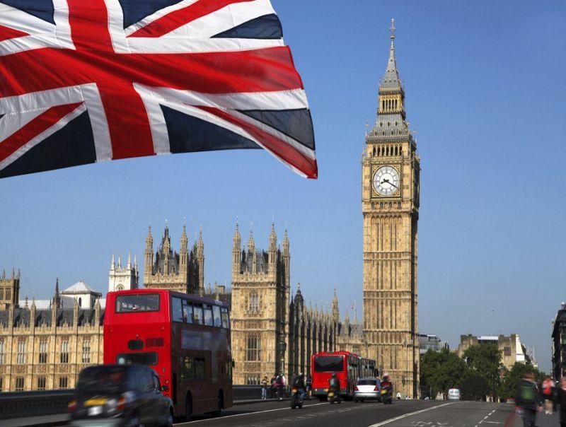 Mrs_May_e_l'election_day:_l'Impero_di_Churchill_e_l'Ue