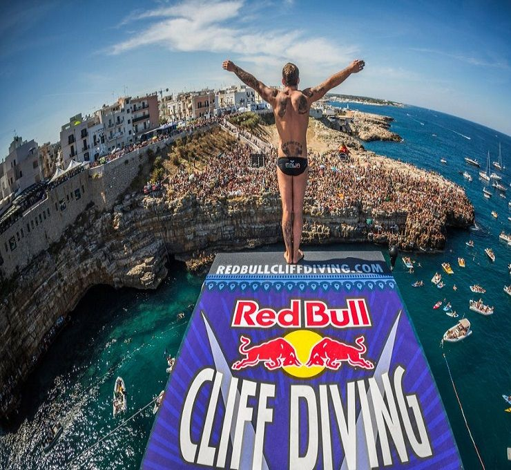 LA_RED_BULL_CLIFF_DIVING_WORLD_SERIES_TORNA_IN_ITALIA