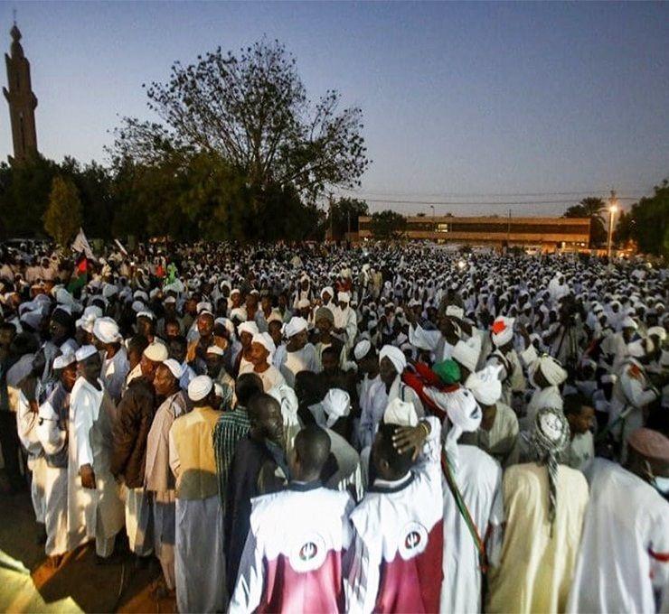 Le_proteste_in_piazza_fanno_tremare_Omar_al-Bashir