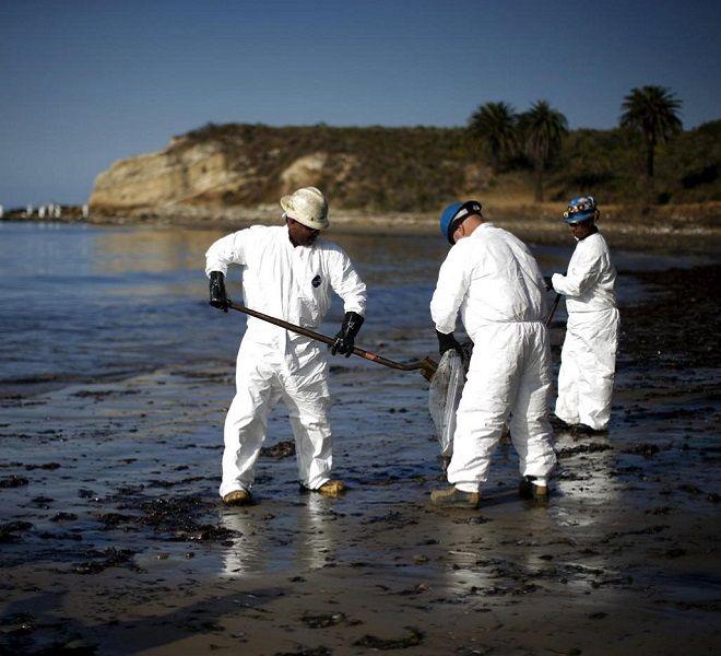 Marea_nera_in_California,_rischio_disastro_ecologico