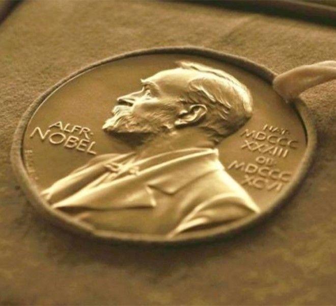 Il_Premio_Nobel_per_la_letteratura_raddoppia
