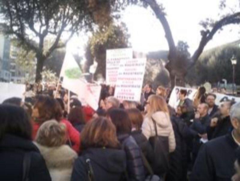 PROTESTA_DEI_MAGISTRATI_DI_PACE