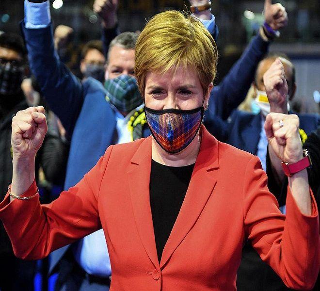 SCOZIA,_VITTORIA_SNP__STURGEON:-quot;NUOVO_REFERENDUM_PER_INDIPENDENZA-quot;