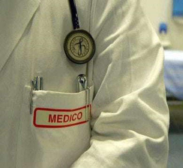 Sos_ospedali,_corsa_alla_pensione_per_medici_e_infermieri