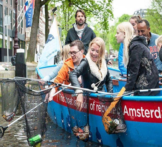 Via_la_plastica_dai_canali_di_Amsterdam!