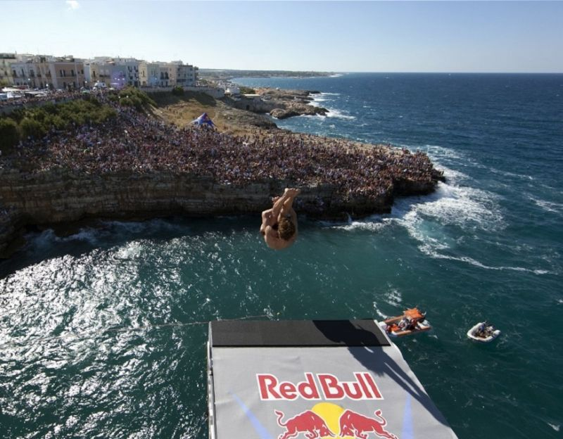 Polignano_a_Mare_regina_indiscussa_della_Red_Bull_Cliff_Diving_World_Series